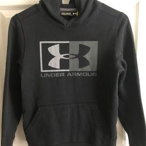 Under Armour Black/Gray Boys Graphic Pull-Over